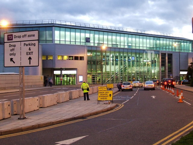 Manchester Airport T Arrivals Car Park